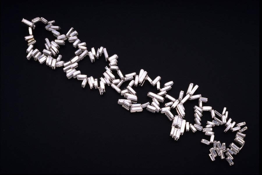 Bracelet, 1961, by Roger King, Platinum set with 164 baguette diamonds. First Prize De Beers British Jewellery Competition, 1961.