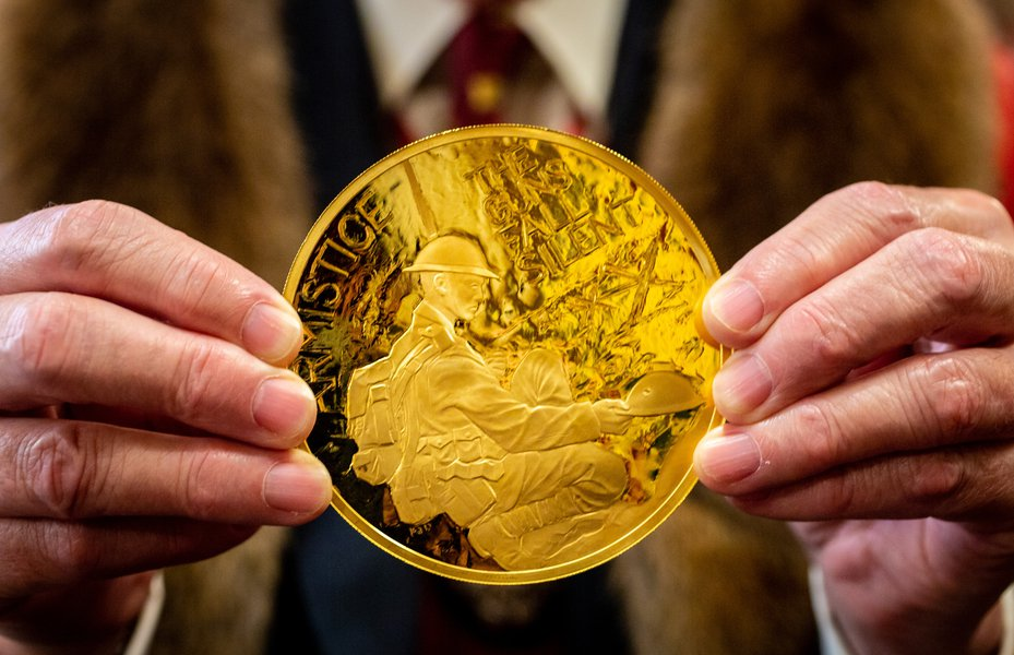 First World War 100-year anniversary coin at the Trial of the Pyx 2019