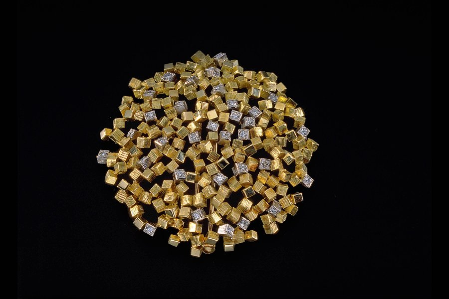 'Cube' Brooch, 1963 by John Donald. 18ct gold set with diamonds