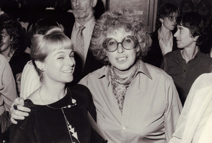Wendy Ramshaw (left) pictured with Barbara Cartlidge at the V&A, 1982.